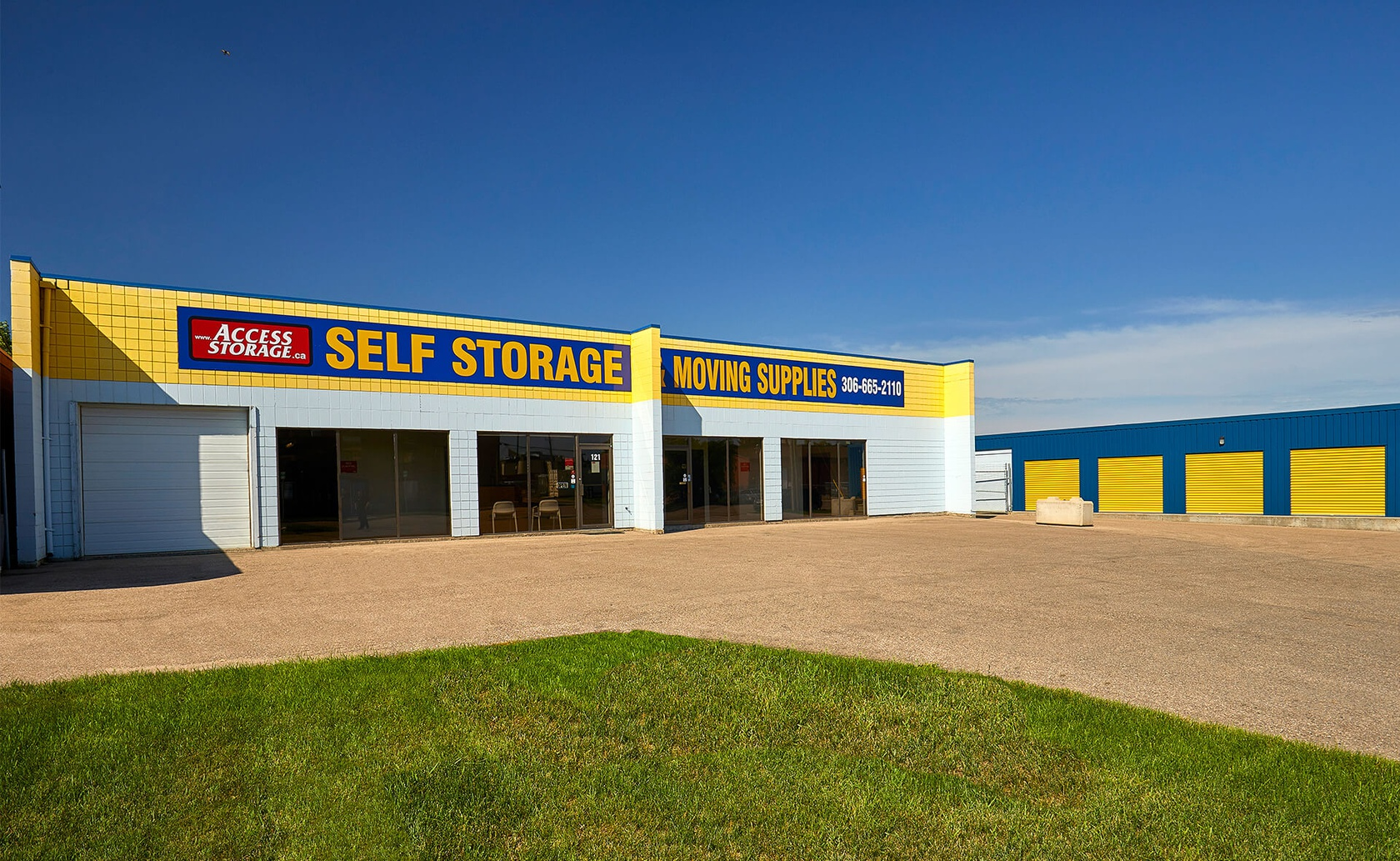 Rent Saskatoon storage units at 121 Gyles Place. We offer a wide-range of affordable self storage units and your first 4 weeks are free!