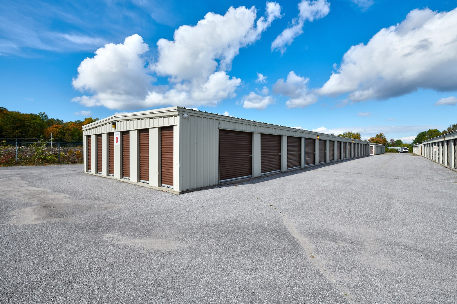 Rent Bowmanville storage units at 1084 Haines Street. We offer a wide-range of affordable self storage units and your first 4 weeks are free!