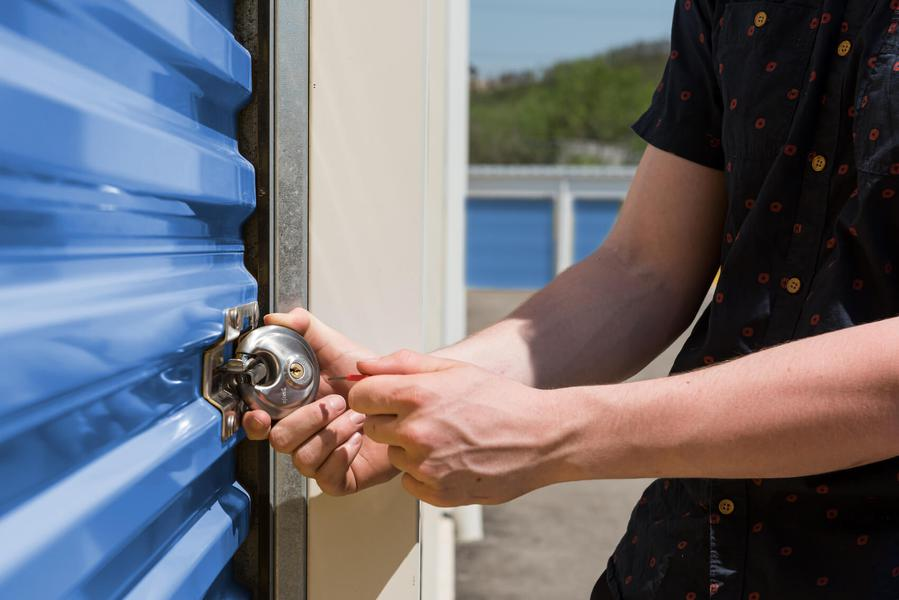 Rent Kamloops storage units at 600 Okanagan Way. We offer a wide-range of affordable self storage units and your first 4 weeks are free!