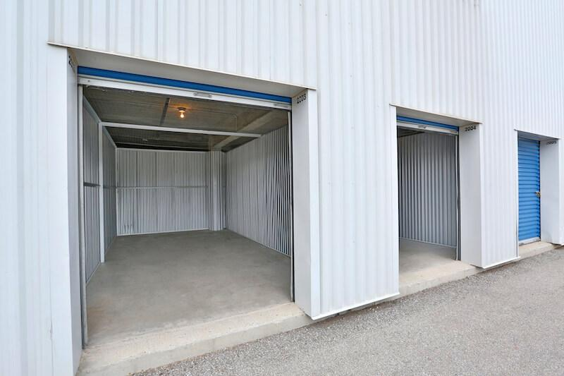 Rent Scarborough storage units at 100 Canadian Rd. We offer a wide-range of affordable self storage units and your first 4 weeks are free!