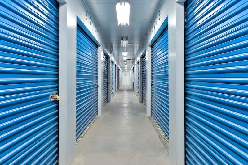 Rent Brampton storage units at 143 Heart Lake Road S. We offer a wide-range of affordable self storage units and your first 4 weeks are free!