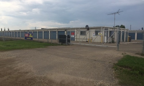 Access Storage - Spruce Grove West located at 71 Diamond Ave. has the self storage solutions you need. Call to reserve today!