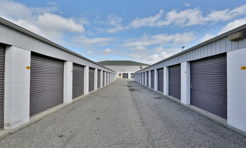 Access Storage - Scarborough West located at 40 Metropolitan Rd. has the self storage solutions you need. Call to reserve today!