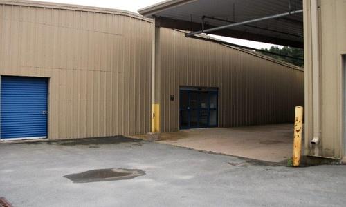 La succursale Access Storage – Chester, située au 4171, autoroute 3, a la solution d'entreposage en libre-service qu'il vous faut. Réservez dès aujourd'hui!