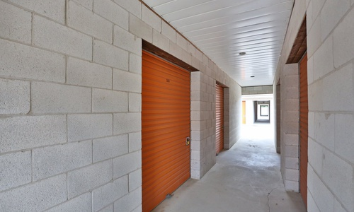 Access Storage - Cambridge located at 1316 Industrial Rd. has the self storage solutions you need. Call to reserve today!