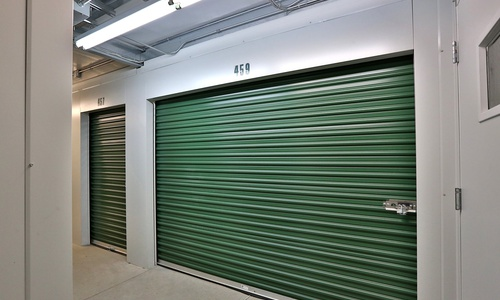 Access Storage - London East located at 2330 Scanlan St. has the self storage solutions you need. Call to reserve today!