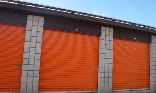 Access Storage - Woodstock North located at 215 Bysham Park Dr. has the self storage solutions you need. Call to reserve today!