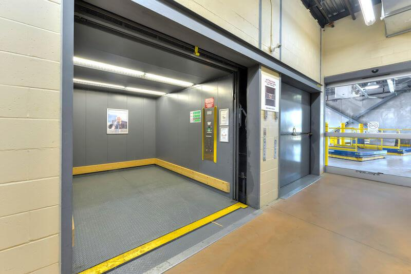 Rent Baie-D'Urfe storage units at 18970 Rte Transcanadienne. We offer a wide-range of affordable self storage units and your first 4 weeks are free!