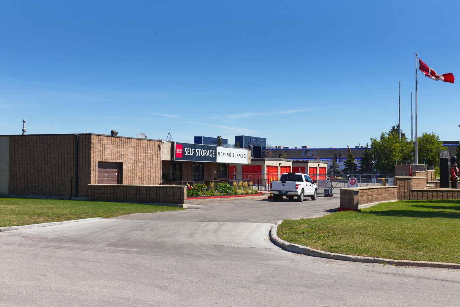 Rent Winnipeg storage units at 11 Paramount Rd. We offer a wide-range of affordable self storage units and your first 4 weeks are free!