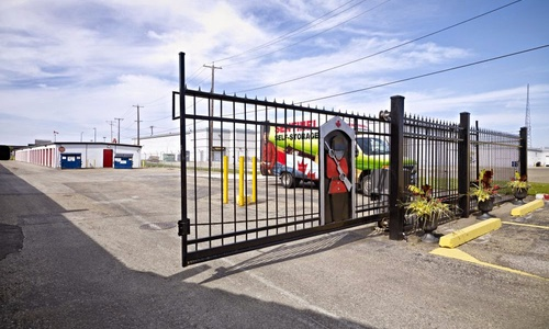 Access Storage - Edmonton South at 9944 - 33 Avenue has the self storage solutions you need. Call to reserve today!