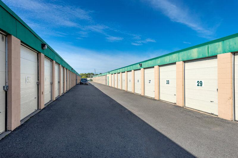 Rent Gloucester storage units at 1125 Parisien Street. We offer a wide-range of affordable self storage units and your first 4 weeks are free!