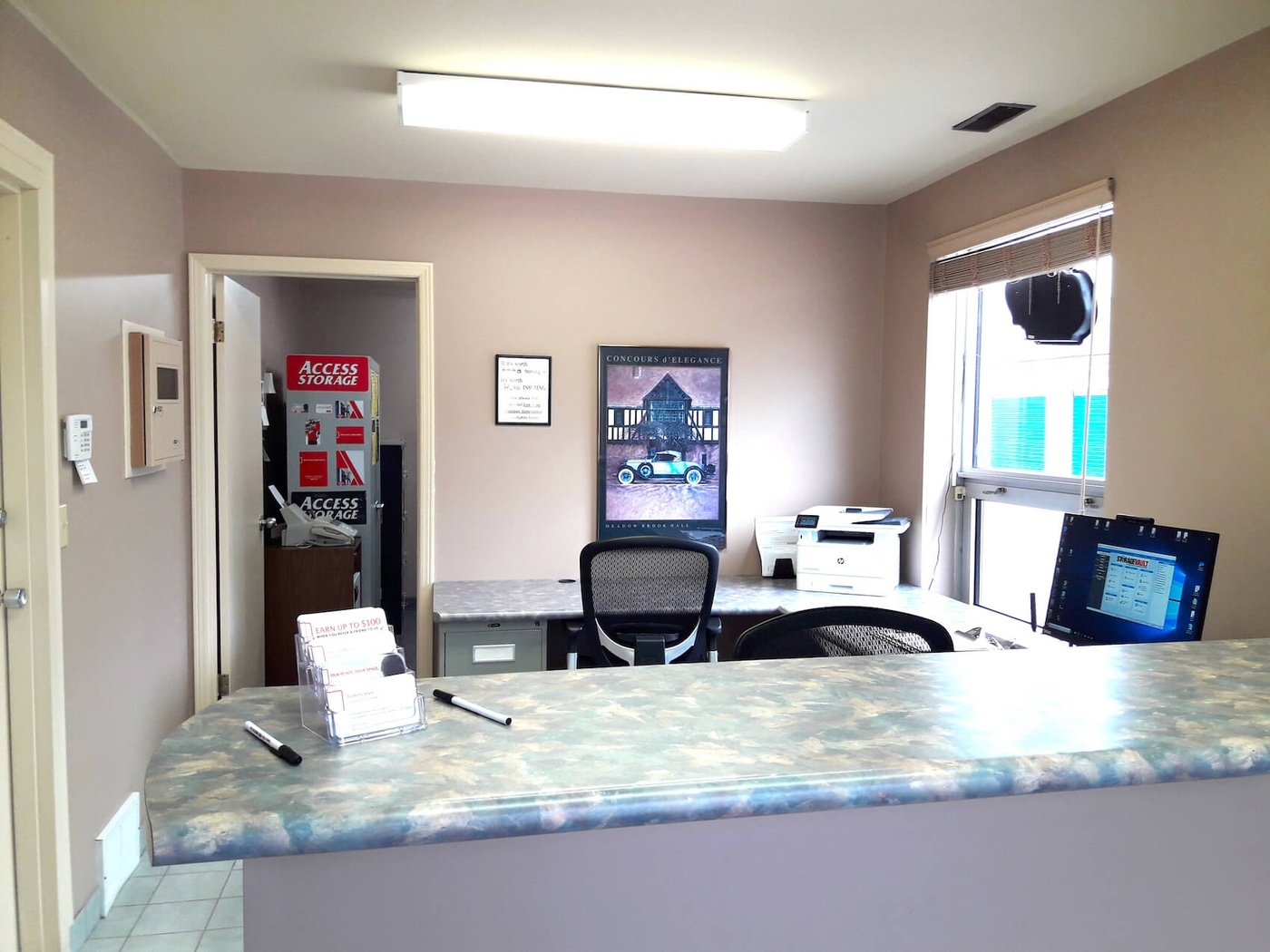 Rent Windsor storage units at 4381 Seventh Concession Rd. We offer a wide-range of affordable self storage units and your first 4 weeks are free!