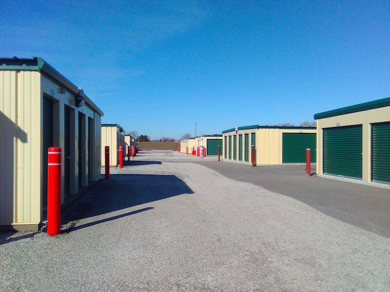 Rent Leamington storage units at 50 Peter Avenue. We offer a wide-range of affordable self storage units and your first 4 weeks are free!